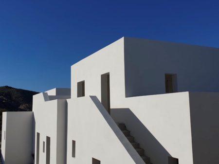 Parilio – Building