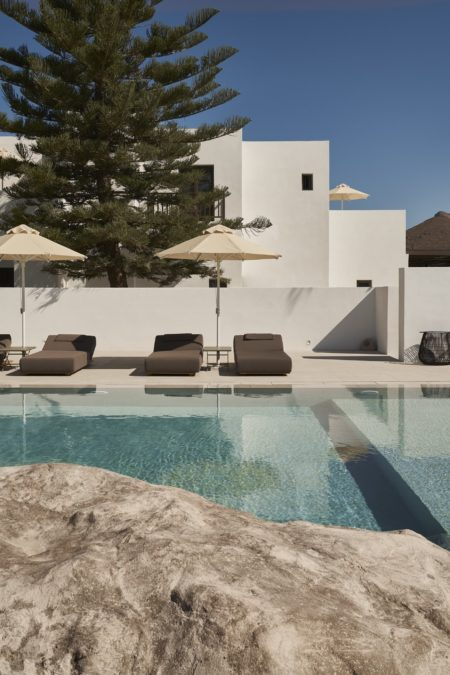Pariliohotelparos Jul Gallery 4